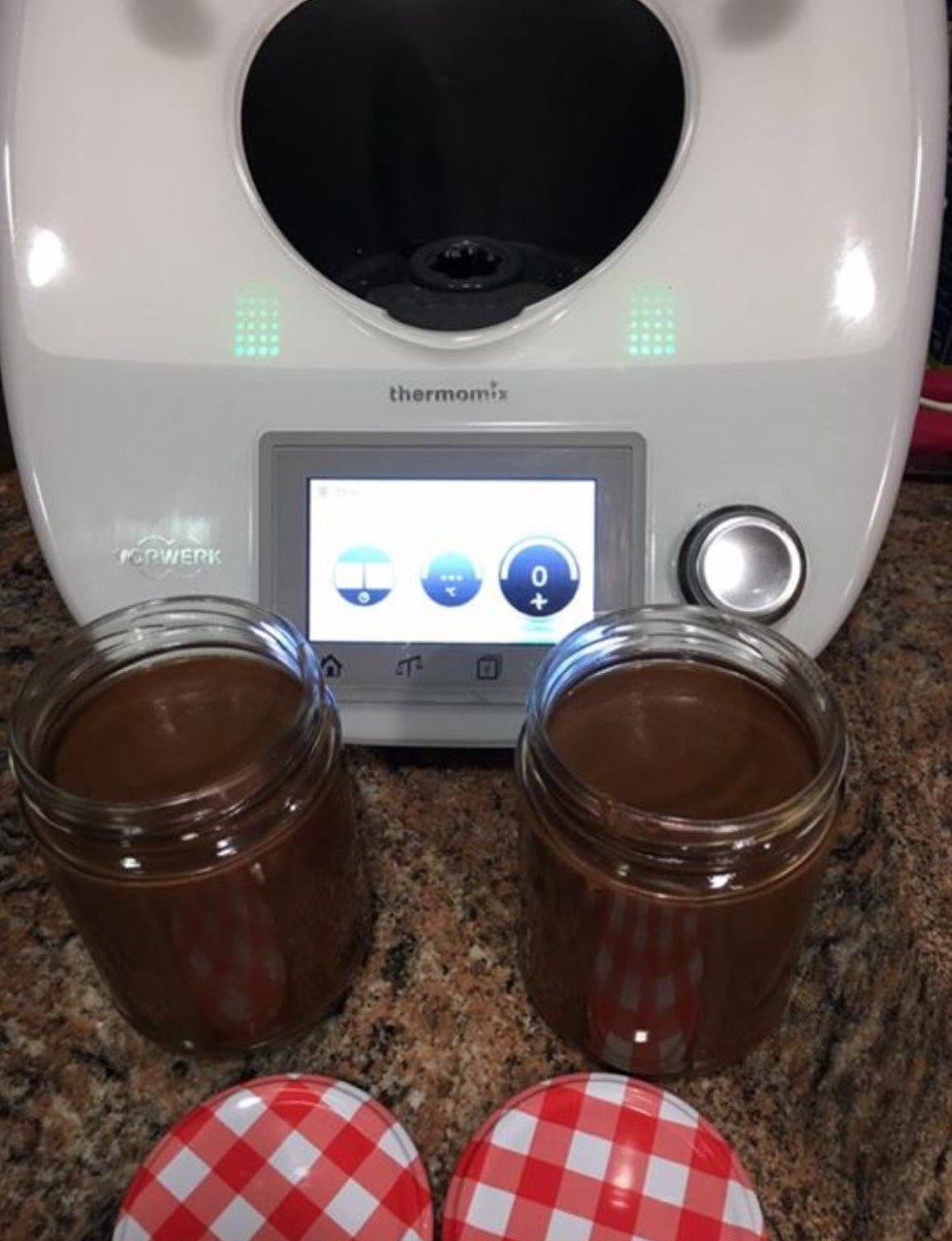 CREMA DE AVELLANA! (leche,cacao,avellanas y azúcar)